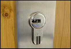 cambiar cerradura la punta